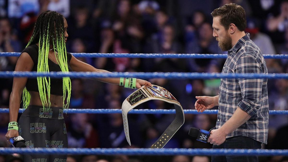 Naomi es forzada a dejar vacante el Título Femenil de SmackDown ...