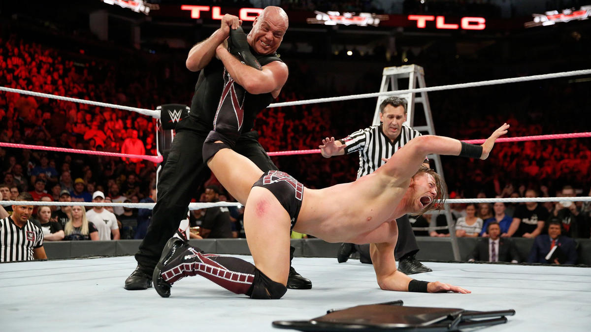 ... but Angle recovers and traps Miz in the Ankle Lock!