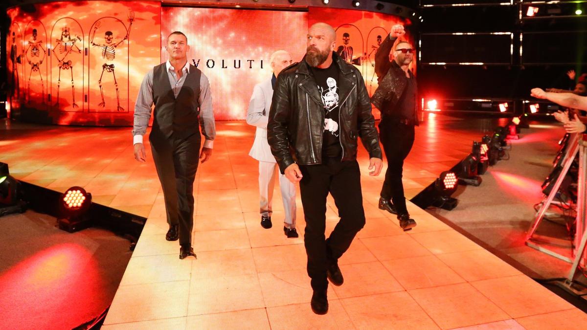 Batista tiene diferencias de opinión con Triple H durante reunión ...
